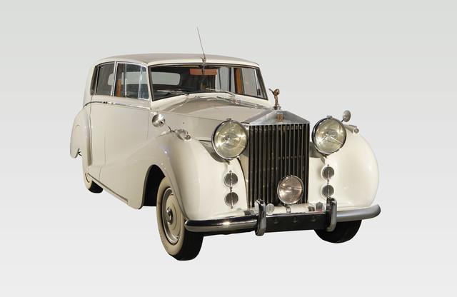 Rolls. Royce Silver wraith