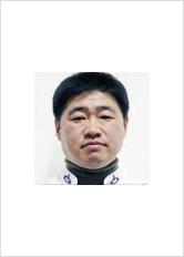 문화채육위원장 이인호