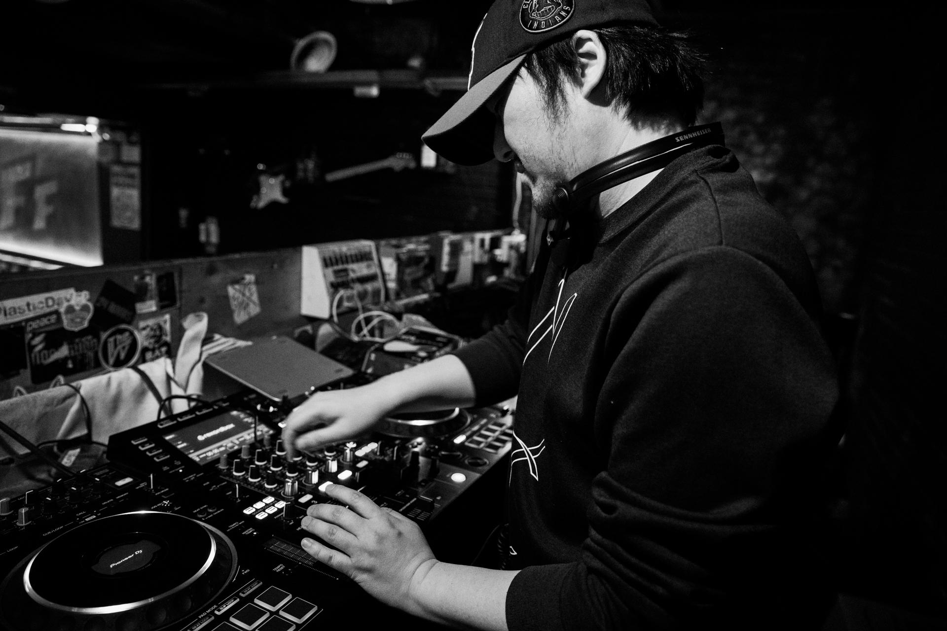 클럽FF 대표 DJ에디 디깅 인터뷰