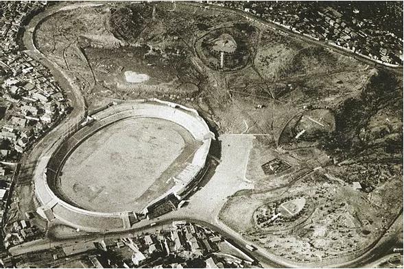 1965년 효창경기장이 들어선 효창공원 하늘에서 내려다본 전경