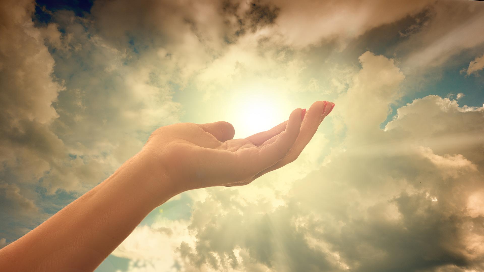 모든 그리스도인은 to heaven입니다~ 기독교 전문상조의 투헤븐과 함께라면 그 어디나 하늘나라, 천국의 소망이 됩니다.