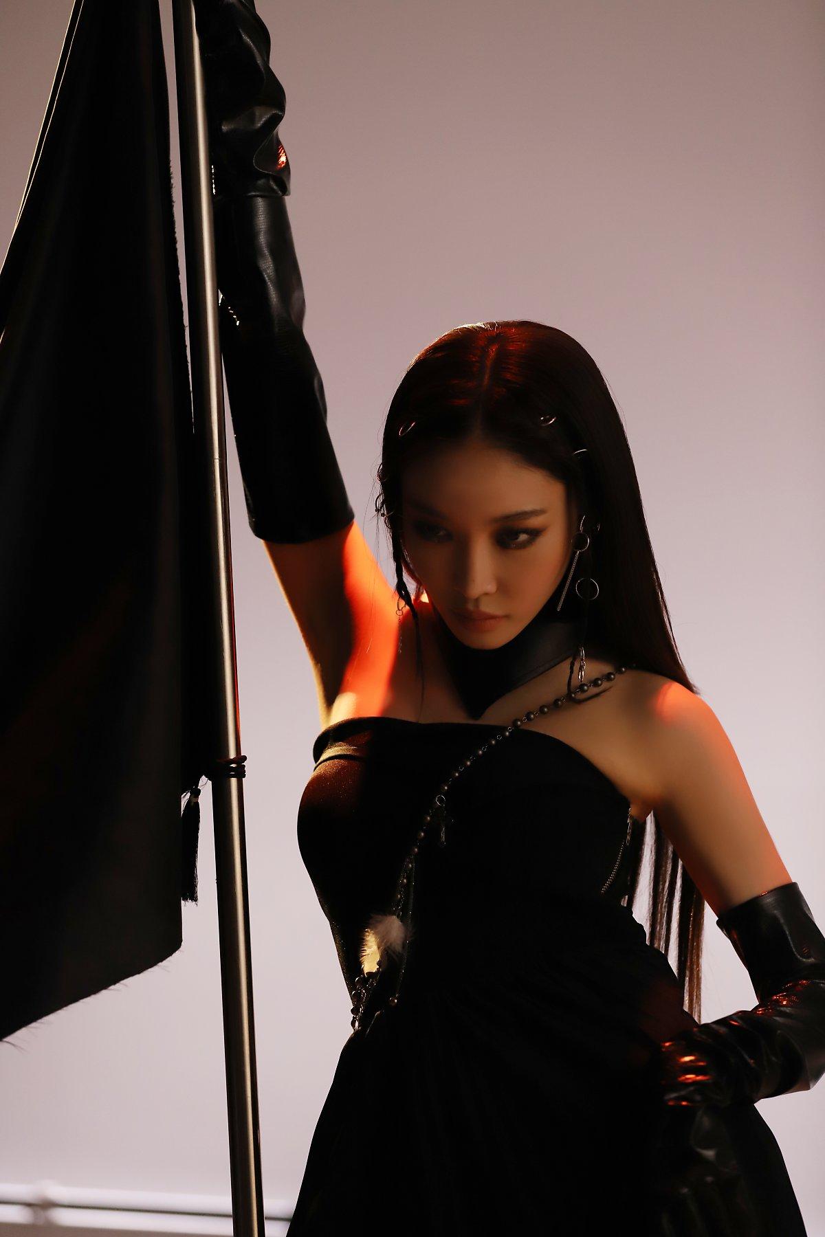 Chungha Wearing E-2 Black Pleats Silk Dress & Lambskin Scarf & Gloves in album Teaser