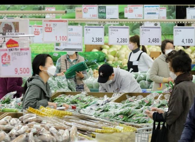 """하반기 물가 2%대 상승…""""수요측 인플레 압력 커져"""""""