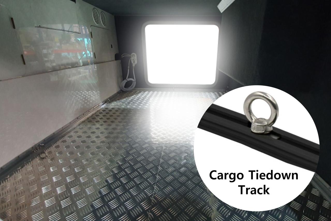 Standard Option 4 -  화물고정용 Cargo Tiedown Track)