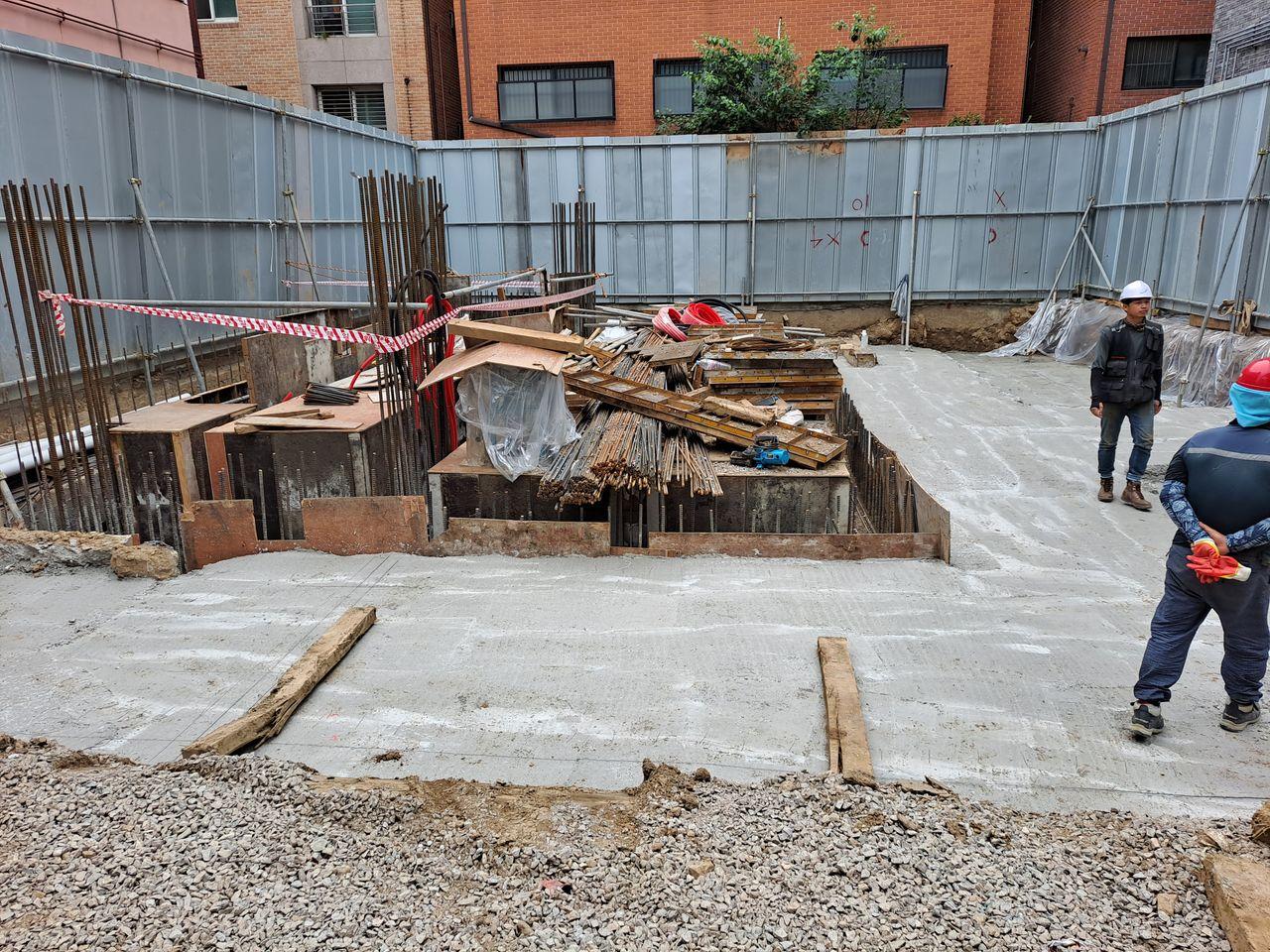 콘크리트 양생 완료 후 기초 배근