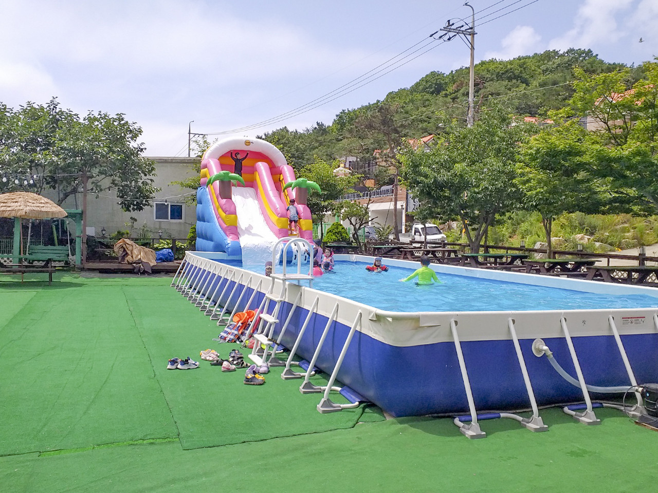 수영장<br><br> 매년 개장기간이 다름(공지확인)