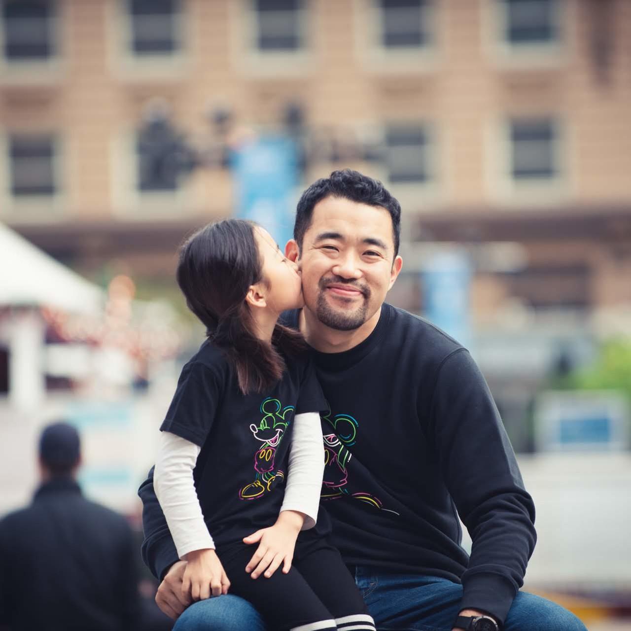 <육아휴직하고 딸과<br>세계여행갑니다> 저자