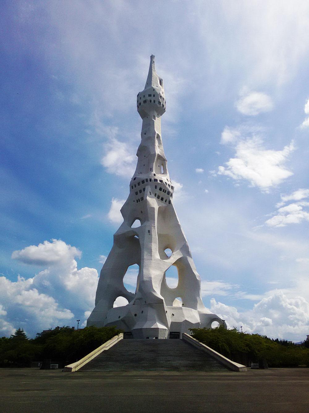 돈다바야시 탑