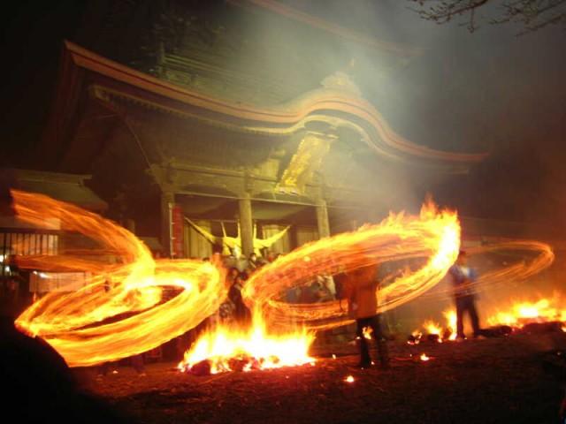 만토노 히마쓰리 축제