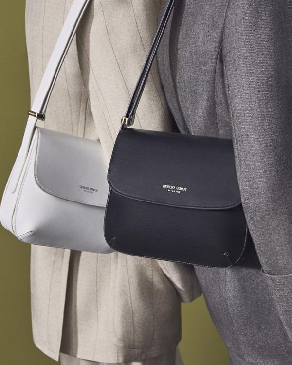▲ 조르지오 아르마니, 브랜드 최초 핸드백 '라 프리마' 25년 만에 재출시 (사진=조르지오 아르마니)