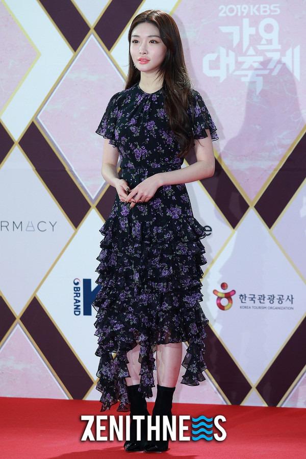 ▲ 청하-송가인 '솔로여도 외롭지 않아요' (사진=문찬희 기자)