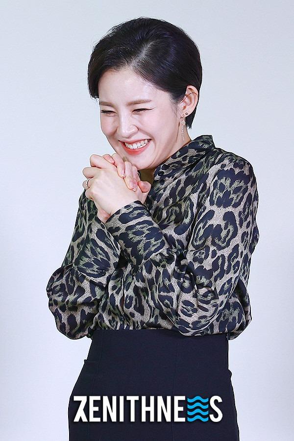 ▲ '보이스퀸' 조엘라 '어여쁜 새 신부' (사진=문찬희 기자)
