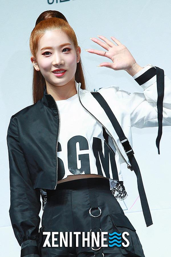 ▲ 이달의 소녀 김립-진솔 '이달소의 여름' (사진=문찬희 기자)