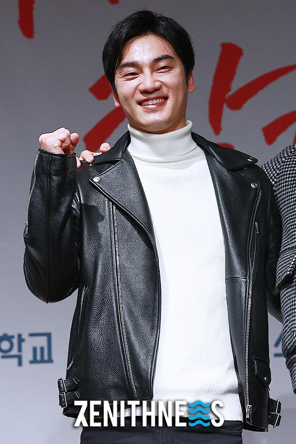 ▲ '노래방' 오의식-윤석현 '매력적인 훈남 비주얼' (사진=문찬희 기자)