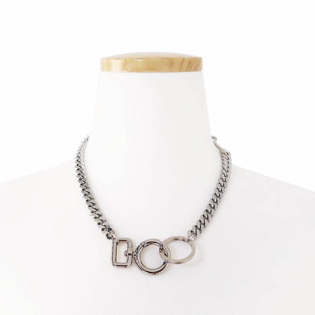 O RING CONNECTOR NECKLACE