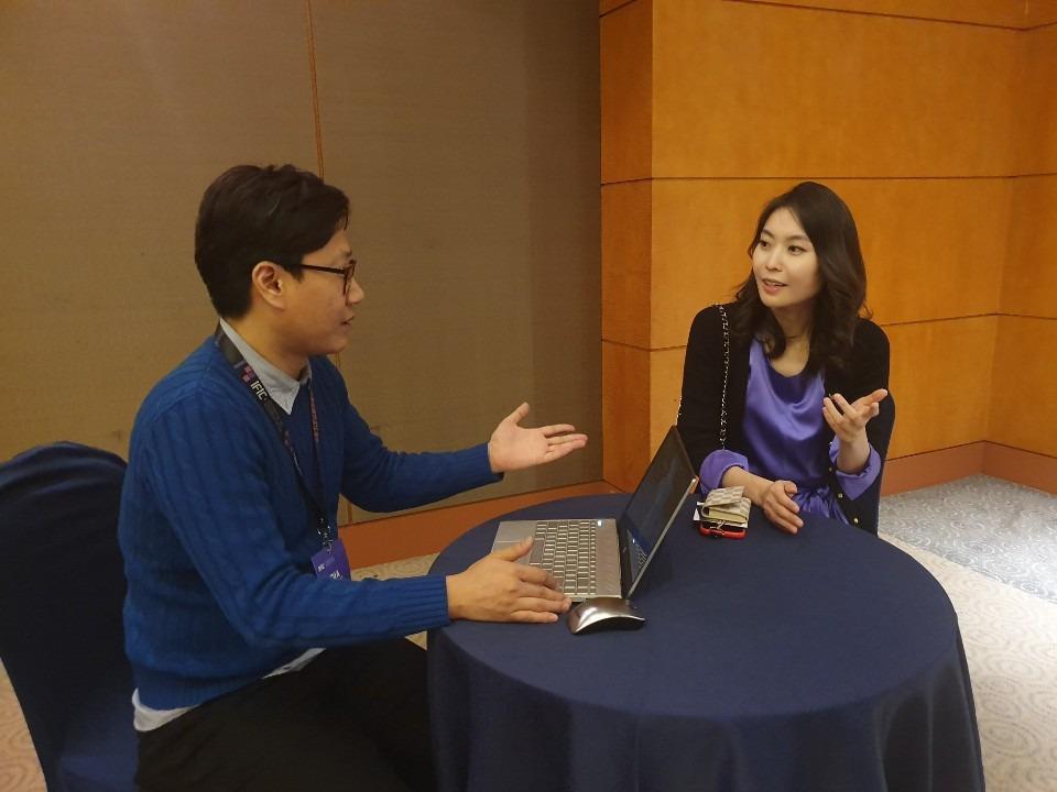 [인터뷰]블루콘 CEO 사브리나 킴(Sabrina Kim), 암호화폐 카드의 새 시대를 열다