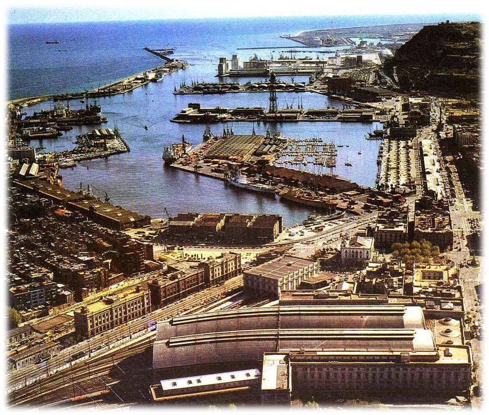 1989년 바르셀로나항 포르트벨 항구 모습. 재개발되기 전의 모습이다. 포르트벨 제공