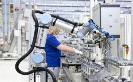 언택트(Untact) 시대, 새로운 변화의 중심에서 제조업 트렌드를 선도할 협동로봇