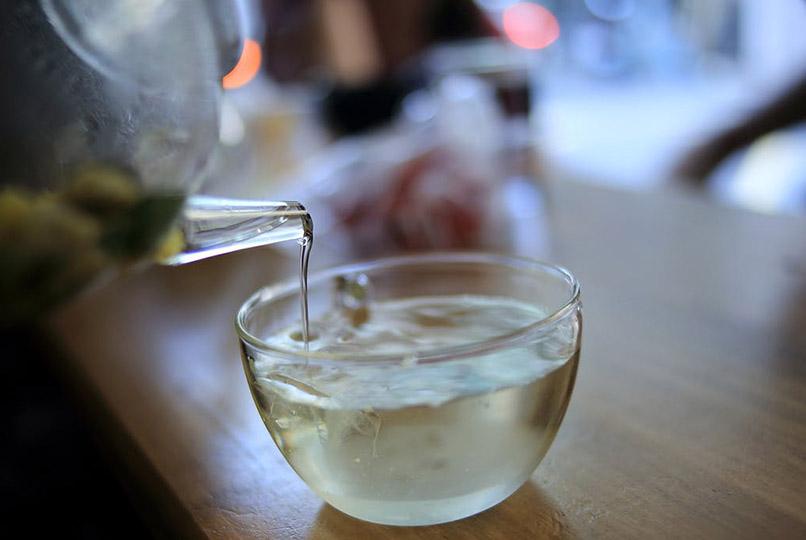 https://blog.yonkausa.com/wp-content/uploads/drink-tea.jpg