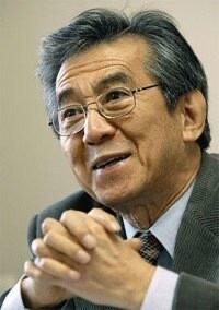 권근술 전 한겨레신문사 대표이사.