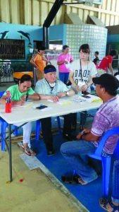 허영진단장(2017년 필리핀 의료봉사 사진2)