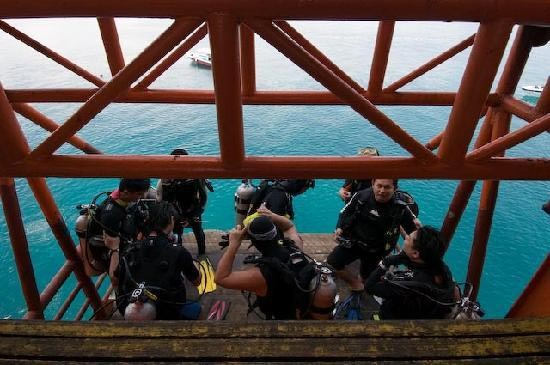 Seaventures Lift