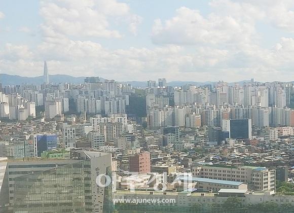 서울 주택가 전경.[사진 = 김재환 기자]